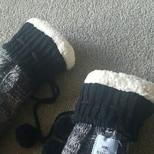 jane and Bleeker Shoes - Jane & Bleeker slipper socks